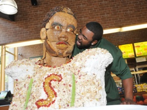 Mark Ingram, Jr., a running back for the New Orleans Saints, recreated in bread, raisins, cranberries, and chicken salad.